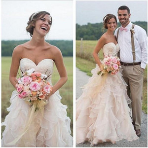2019 New Blush Pink Backless Ruffles Wedding Dresses Country Style Lace Sweetheart Vintage Tiered Skirts A-line Bridal Gowns 1043