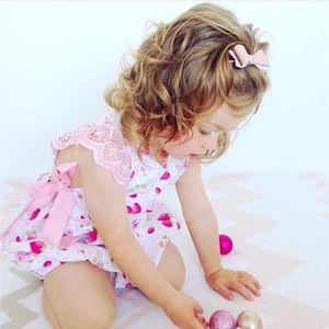 Morango Bebês Bonitos Pequenas Flores Macacão Bebê Recém-nascido Meninas Verão Romper Playsuit Roupas Sunsuit Roupas Florais 0-24 M