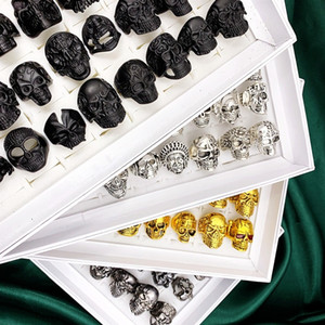 Moda 30pcs / Set crânio Anéis Top Vintage gótico Multicolor Big Size metal Punk Estilo Homens Rock and Women Jóias Presentes Acessórios do motociclista
