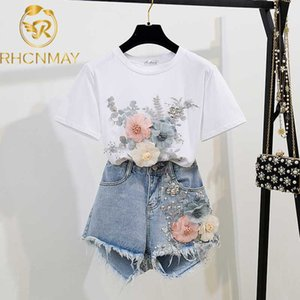 2020 Verão Mulheres 2 conjuntos de peças do bordado 3D Flower T-shirt + Denim Shorts Define Vintage Beading Shorts