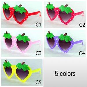Neue Ananas Kinder Party Strawberry Großhandel Rahmen geschnitten Sonnenbrille Sonne Stil Fruchtform Frucht Kinder Brille Brillen HNTHW
