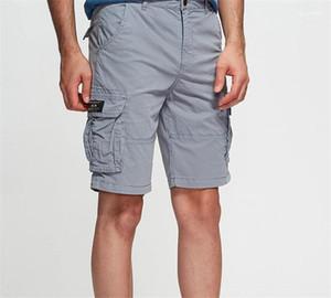 Zipper voar solta com bolsos Casual Homme Vestuário Verão Masculino Vestuário Mens Fashion Designer carga Shorts Bordados