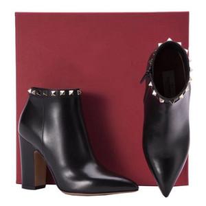 Hot Bottes à talon haut-Vente pour femmes Laine en cuir de vache Rivet cheville bottillons 85MM Chunky talon dames Chaussures Casual Toes Pointu