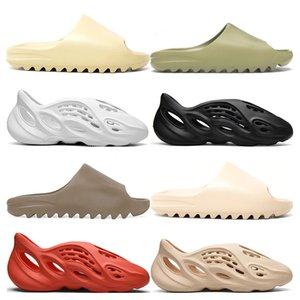 2020 Stock X kanye west Slipper fashion Hombres Mujeres Slide Bone Earth Brown Desert Sand Resina Sandalias Foam Runner outdoor size 36-45