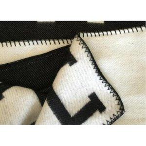 Lettera H coperta del cachemire di Crochet in morbida lana Sciarpa Scialle caldo portatile plaid divano-letto in pile di maglieria gettare Towell Capo coperta rosa