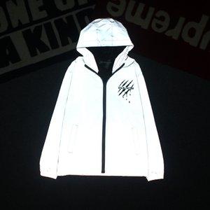 Mens Jacket garra Imprimir reflexiva com capuz Windbreaker Waterproof Jacket Hip Hop Streetwear Skate Coats noite que brilha Top Asiático Tamanho