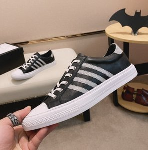 Men Casual Shoes Fashion Luxury Designer Sneakers Lace-up Shoes Stripe Black Leather Bee shoes Embroidere