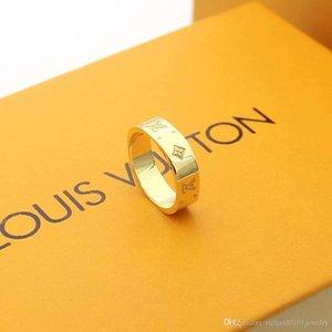 de luxo designer de jóias mulheres anéis de quatro folhas anéis da faixa flor suqre prata titânio de aço em ouro rosa 18K anéis de noivado de ouro para as mulheres