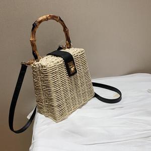 공장 도매 여성 핸드백 작은 신선한 여름 패션 짠 핸드백 개인화 된 밀짚 비치 가방 거리 짠 여름 메신저 백
