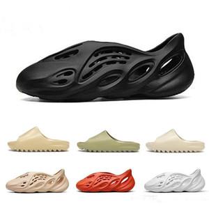 Com caixa de 450 Foam corredor kanye west entupir sandália triplos slides preto mulheres moda chinelo homens Tainers sandálias de praia deslizamento-em sapatas 36-45
