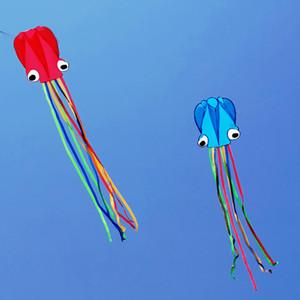 Kraken-Drachen 3D Kite 4 Meter Cartoon Bunte restgitterfreie Long Tail Leicht Strand Kites Outdoor-Sport-Spielen zu fliegen