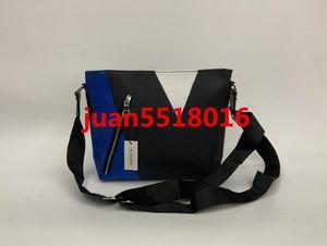2019 Nuove borse in vera pelle Crossbody Messenger Bag Borse in pelle da ufficio per uomo Borse da viaggio portadocumenti