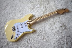 공장 주문 스페셜 가격 밀크 옐로우 일렉트릭 기타 (Scalloped Neck, 21 Frets, White Pickguard, High Quality, Customize)