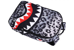 Designer-New trendy Leopard women lady zaino borse Shark teeth school backpack Zaino di design in poliestere con tasca con cerniera