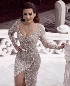 2019 Sexy Vestidos de Noite Com Lantejoulas Espumantes Mangas Compridas Decote Em V Plus Size Vestido de Celebridade Dubai Formal Prom Party Vestidos Tapete Vermelho