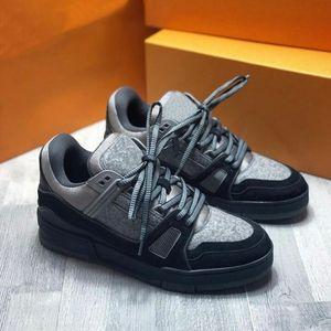 2020 Mens scarpa da tennis versione di lusso della scarpe di camoscio pelle di vitello taglio basso suola in gomma scarpe casual di buona qualità 4 colori
