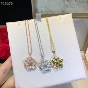 Luxus Divas' Dream S925 Sterlingsilber-Vollkristallblumen-hängende Halskette für Frauen Schmuck