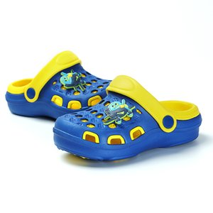 2020 Crocks Hole Shoes Croc Child Garden Casual Rubber Clogs For Unisex Male Sandals Summer Slides Crocse Swimming Jelly Shoes
