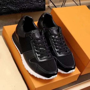 Designer Luxury Mens Casual Shoes 039 Genuine leather Old print Triple White Black Trainer Men Fashion Leisure Run Sneaker High quality KL4