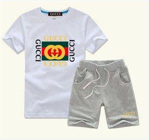 2020 Новые мальчиков и девочек Дизайнерские футболки и шорты костюм Марка костюмы 2 Детская одежда Set Горячие Продаем Мода Лето Детская M016