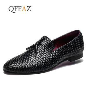Qffaz Brand Men Shoes 2019 Nuevo Mocasines transpirables y cómodos para hombres Tejido de borla de lujo Pisos para hombres Zapatos casuales para hombres Talla grande 48 MX190817