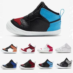 Per i più piccoli Culla Bootie gancio-e-ciclo ji collaterali 1s PRESEPE Bootie Scarpe Reale Toe UNC a Chicago multicolore Triple Bianco Bred Nuovo Sneakers
