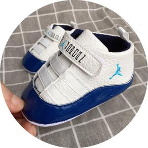 Scarpe da bambino Sneakers Solido Unisex Presepe Scarpe da neonato in pelle PU Calzature Mocassini per bambini Baby Girl First Walker Scarpe 0-18Mos