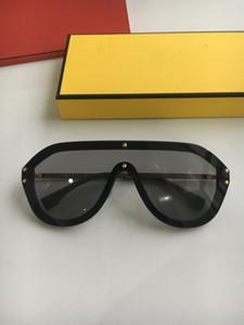 Nuovi occhiali da sole Designer 0039 Occhiali da sole per le donne Uomini Occhiali da sole Donne Donne Designer di Brand Rivestimento Protezione UV Perle Rivetti Occhiali da sole