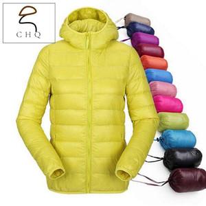 Mujeres ultra ligeras con capucha chaqueta de invierno pato abajo chaquetas mujeres delgado de manga larga parka zip 11 bolsillos de abrigo de color sólido