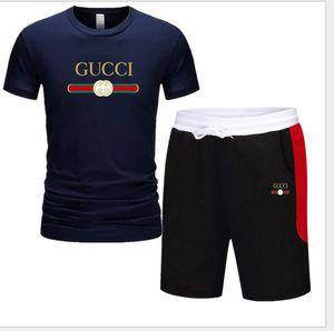 Erkekler Baskı Eşofman Yaz Casual Kısa Erkekler Pamuk Spor Suit T-Shirt + Şort 2 Adet Spor İnce Kıyafetleri Setleri