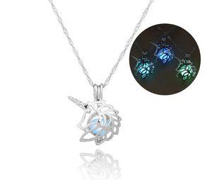 3 colori Glow In The Dark Unicorn Pendant Necklace Hollow Pearl Cages Pendant luminoso Stone Horse Design Collane per le donne Gioielli regalo