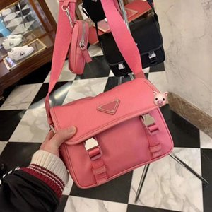 2020 dernier top design épaule banquet sac à main de femmes combinaison sac triangle badge sac en cuir Messenger épaule FASHION professionnelle
