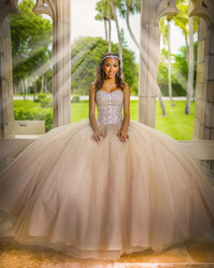 Champagne Quinceanera Dresses Tulle 2020 Ball Gowns Prom Dress For Sweet 15 Girls Beaded Crystals Bodies Bandage Graduation Pageant Dress