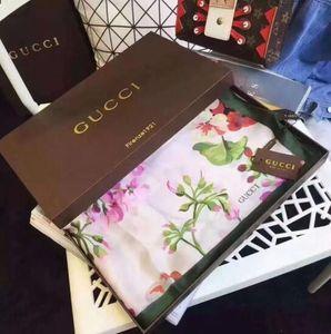 2019 Designer clássico Européia Bom Qualidade das mulheres marcas Imprimir Silk Scarf Senhoras elegantes wrap lenços W0017 tamanho 180x90cm