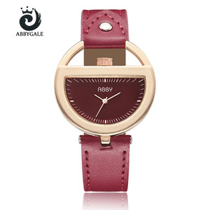 Unique Semi Circle Watch Womens Fashion Hollow Creativo Orologio da polso da donna Bracciale Red Relogio Feminino 2018 Vintage Reloj Mujer