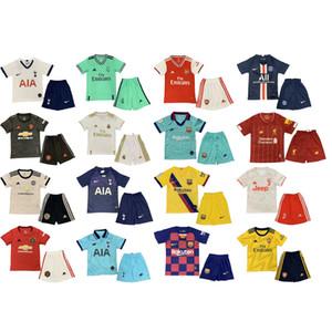Bambini Designer Set di abbigliamento Kids Fashion Luxury Sport Style in due pezzi Imposta Ragazzi Ragazze Calcio Tute magliette + Shorts 18 Styles