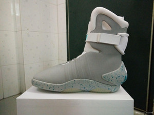 Mag automatique Lacets Back To The Future Chaussures hommes Chaussures de sport Chaussures de basket-ball