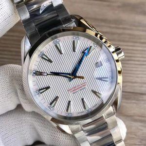 Montres de luxe Bracelet en acier inoxydable Aqua Terra 150m Maître en acier inoxydable 23110422101004 Homme Montre bracelet