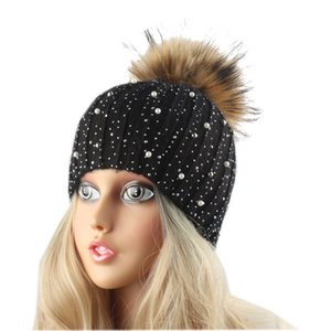 FURANDOWN Women Winter Hat Fur Pompom Beanies For Girls Gorro Rhinestone Pearl Embed Wool Beanie Female Autumn Cap Y191112
