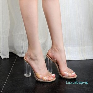 Pop2019 Sexy Peep-toe Rome Woman Transparent High-heeled Shoes Coarse With Crystal Sandals