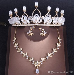 Charming Gold Crystals Bridal Jewelry Sets 3 Pieces Suits Necklace Earrings Tiaras Crowns Bridal Accessories Wedding Jewelry Sets T306690