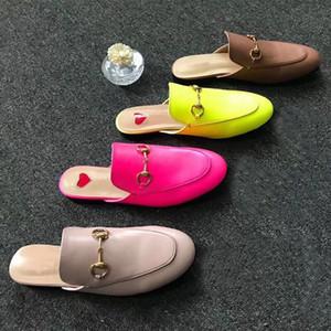 Pantofole Baotou da uomo e da donna in morbida pelle di vacchetta Pantofole pigre Designer fibbia in metallo Ciabatte Princetown Classic Large 42 46