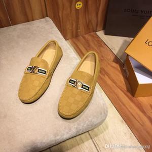 19SS Italien Marke British Style Mokassins Mens-Sommer-Hohle Breath Loafers Mann-beiläufige Anti-Rutsch-Fahren Schuhe Große Größen-38-44