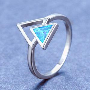 Mignon Femme Bleu Blanc Opale de feu Pierre Bague argent 925 Triangle d'anneau de mariage classique Party Bagues de fiançailles pour les femmes