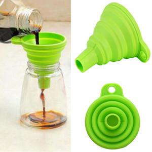 Spezialwerkzeug Kleines Silikon zusammenklappbare faltbare Silikon-Küche Trichter Trichter Gel Küche Folding Trichter zufällige Farbe