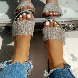 2020 Nouveau Femmes Solid Color Glitter Chaussons Chaussures plates Été Femme Cristal extérieur Chaussures flip flops Ladies Beach # T2G