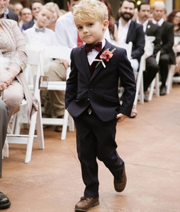 Black Ring Bearer Boy's Usura formale Smoking bambini per la festa nuziale della spiaggia Bambini Suit Young Boy Set (Vest + Pants + Vest + Bow) Custom Made B123