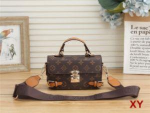 Designer- Woman Totes Bag Famous Brands Shoulder Bags Genuine Leather Handbags Crossbody Bag Female Fashion Casual Shoulder Bags