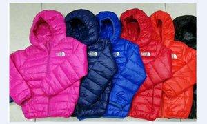 Hot nord tuta sportiva dei bambini e Ragazza di inverno caldo cappotto incappucciato dei bambini Cotton-Padded unisex Down Jacket Kid Giacche 4-12 anni 05