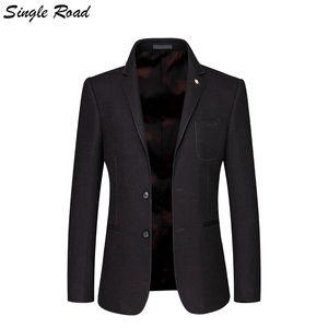 Giacca classica da uomo Single Road Giacca da uomo 2019 Slim Fit Blazer di lana da uomo Winter Classic Blazer americano in velluto SR12